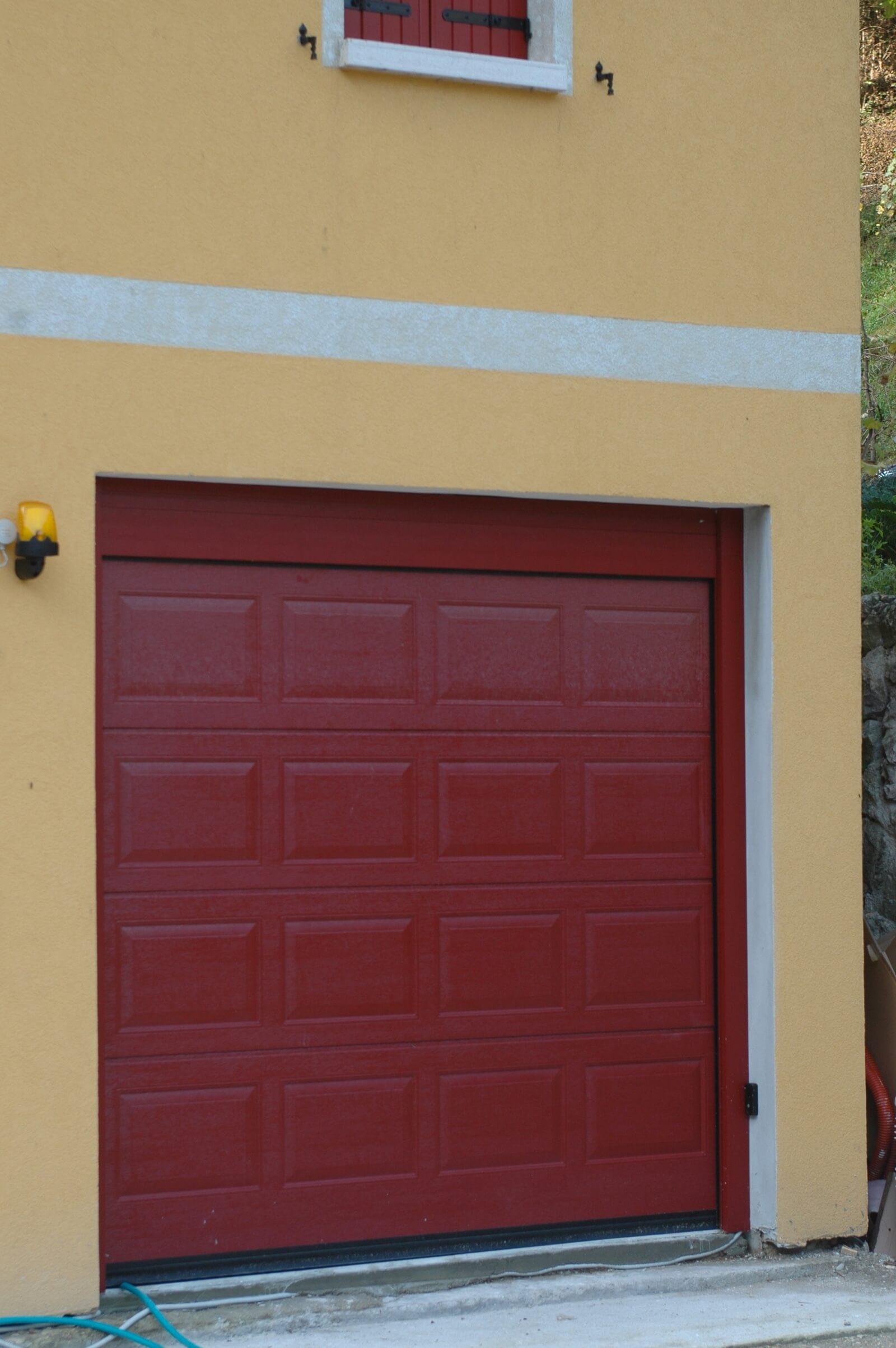 Portone sezionale per garage ANS RL42