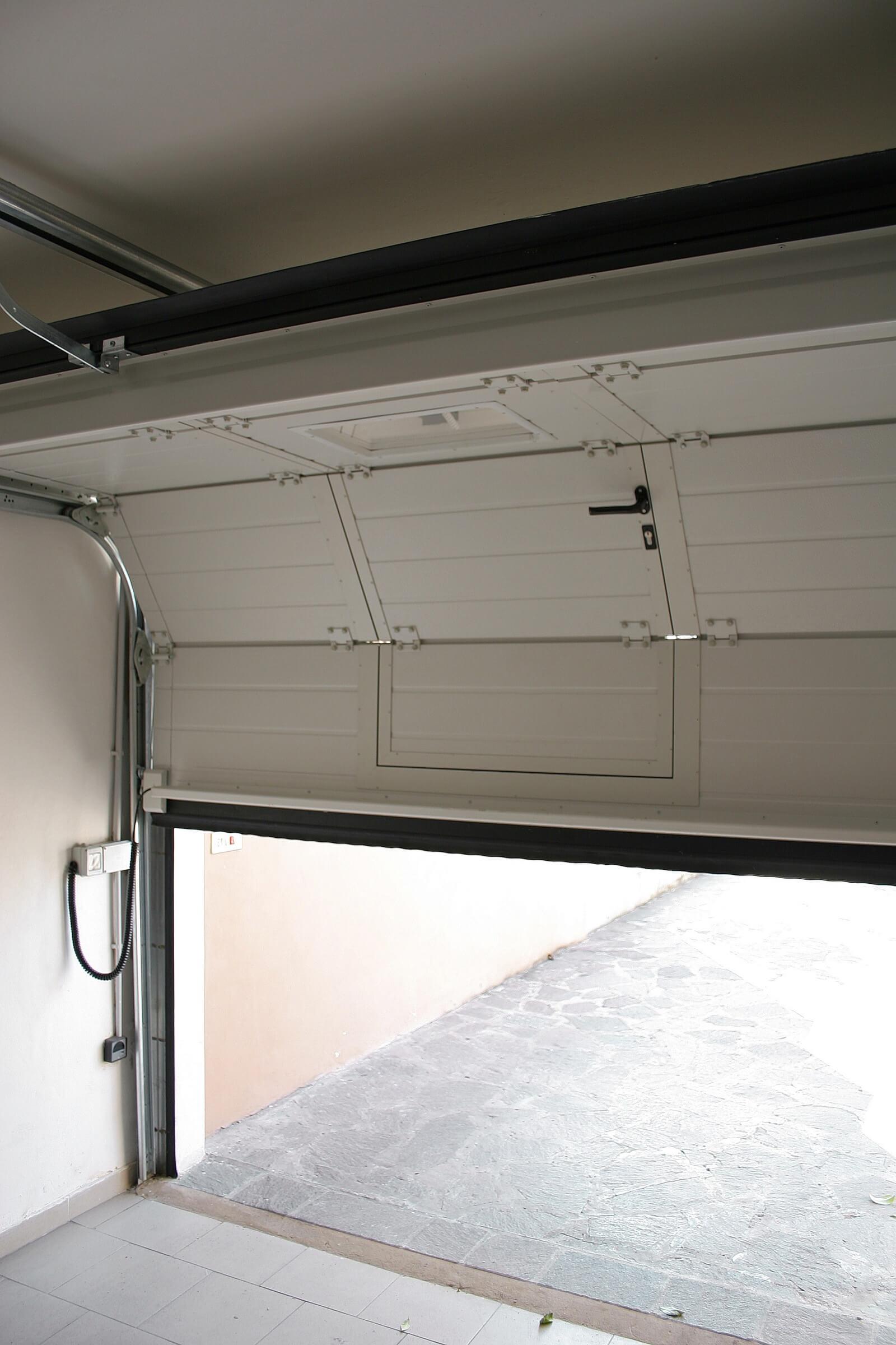 Porta sezionale PRS RL42